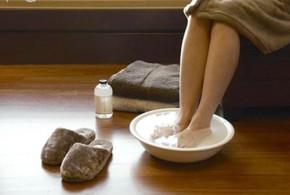 5 loại nước ngâm chân tay mùa lạnh ngày nào cũng nên ngâm