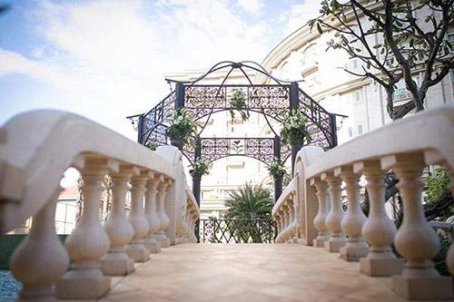 Đám cưới ngoài trời đẹp như cổ tích của cặp đôi Vũng Tàu - 3