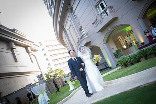 Đám cưới ngoài trời đẹp như cổ tích của cặp đôi Vũng Tàu - 6