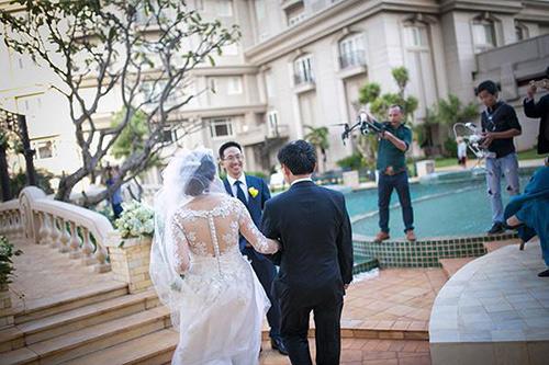 Đám cưới ngoài trời đẹp như cổ tích của cặp đôi Vũng Tàu - 7