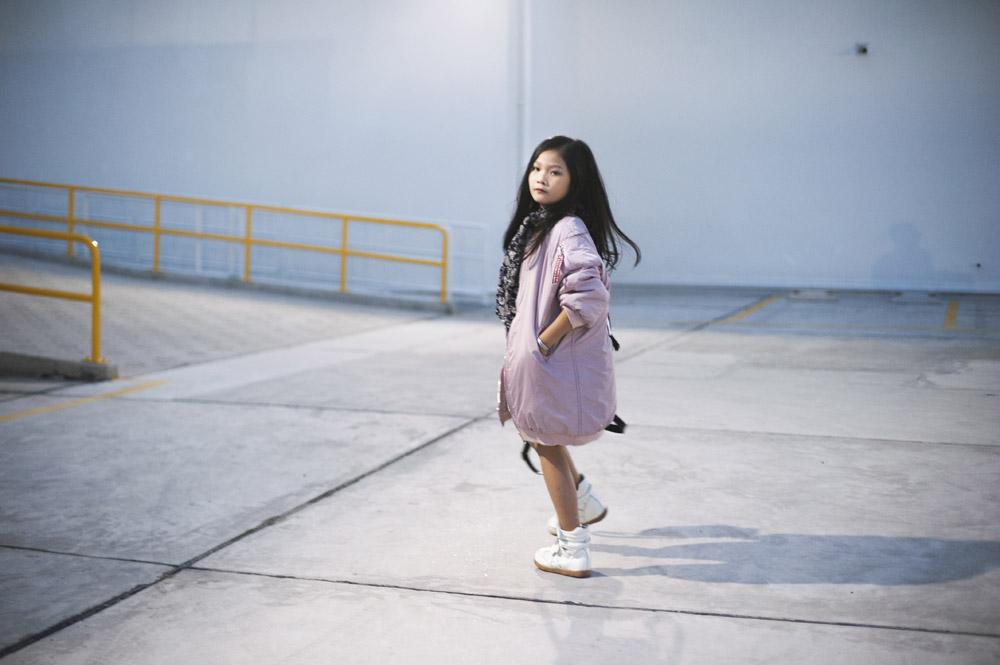 Top 10 mẫu nhí Thế giới xuống phố đẹp chẳng kém Minh Hằng - 12