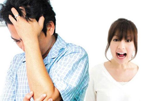 Không dám mắng vợ vì sợ… hàng xóm - 2