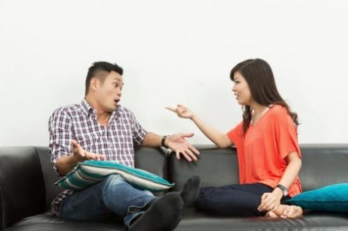 Image result for vợ chồng cãi nhau