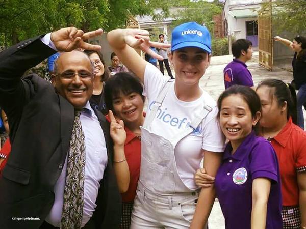 Katy Perry giản dị và thân thiện tại Ninh Thuận