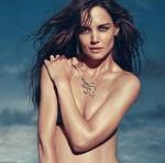 Katie Holmes táo bạo khoe ngực trần trên tạp chí