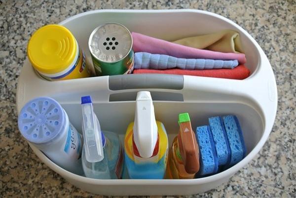 """7 tips đơn giản giúp bạn dọn phòng tắm """"nhanh như điện"""""""