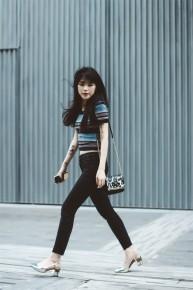 Các quý cô Châu Á đầy ngọt ngào và nữ tính trong street style tuần này