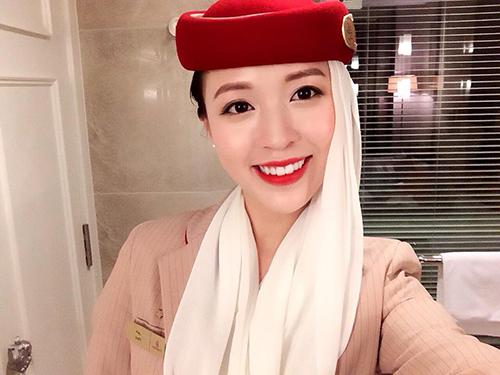 Nụ cười đốn tim của cô gái Việt làm tiếp viên hàng không tại Dubai