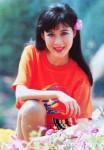 Thời trang sao Việt xưa: Mãi nhớ vẻ đẹp vạn người mê của bà mẹ 4 con này!