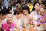 Hoa hậu Mỹ Linh hóa thiên thần vui Tết Trung thu với bệnh nhi
