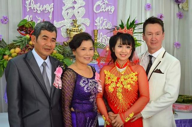 Đôi giày 250 nghìn dệt nên hạnh phúc cô gái Việt - 1