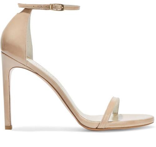 Những mẫu giày nhất định phải có trong tủ giày của mọi cô gái