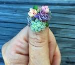 Thú vị ý tưởng trang trí móng tay bằng cây xương rồng