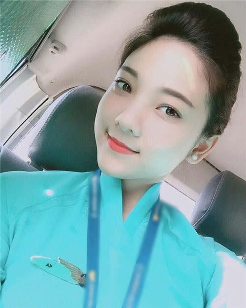 chi la tiep vien hang khong thoi ma, co can phai xinh the nay khong? - 3