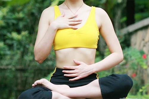 Bí quyết giảm mỡ bụng tại nhà vô cùng đơn giản và dễ thở