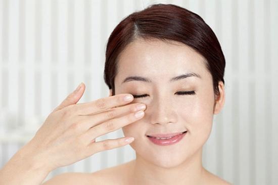 giảm đau mỏi mắt