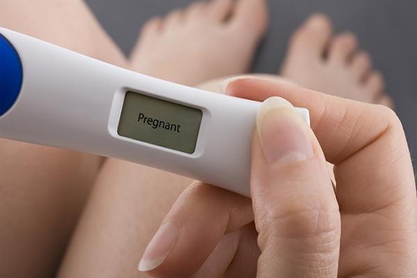 """Dùng que thử thai và những sự thật """"dở khóc dở cười"""""""