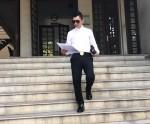 Chồng Phi Thanh Vân công khai ảnh lên tòa nộp đơn ly hôn