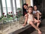 Diva Hồng Nhung ngạc nhiên, xúc động vì món quà bất ngờ của hai con