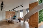 Nhà hai tầng thiết kế ấn tượng với cầu trượt và tường xanh