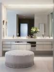 Những ý tưởng thiết kế và bài trí gương cỡ lớn cho phòng tắm