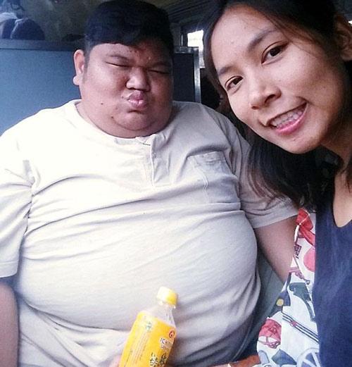 Chuyện tình yêu nữ y tá mảnh khảnh yêu say đắm chàng trai vừa béo vừa xấu