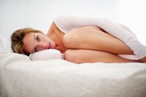 Triệu chứng khô âm đạo và cách chống lại tự nhiên chị em nên áp dụng