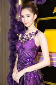 Hoa hậu Thu Thảo nói gì khi bị chê nói tiếng Anh dở tại sự kiện?