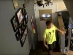Mẹ trẻ cao tay dựng màn kịch giúp con thấy sự nguy hiểm của việc kết bạn trên mạng