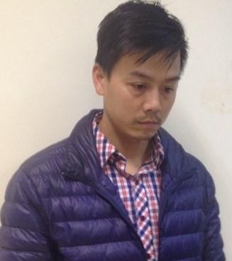 Cao Mạnh Hùng tại Cơ quan điều tra CATP chiều 16-3