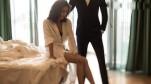 Cười sái hàm với độc chiêu 'lột đồ' lần vợ 'ủ mưu' dụ chồng vào nhà nghỉ