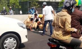 Bắt 3 thanh niên tông xe trúng một CSGT