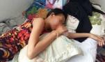 Một học sinh lớp 4 bị mẹ bạn cùng lớp đánh nhập viện