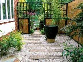 Bước chân vào những sân vườn này bạn chỉ muốn ngồi mãi