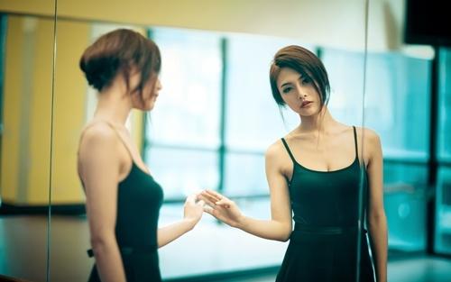 Chân dung 6 kiểu phụ nữ dễ khiến đàn ông si mê ngay lần đầu gặp gỡ