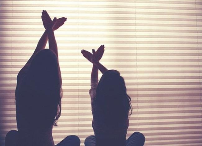 Những lời mẹ dặn con gái khi thất tình, cô gái nào cũng nên 'THUỘC LÒNG'