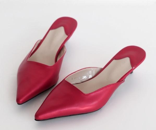 10 xu hướng giày dép đáng để mắt cho mùa xuân hè