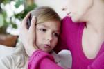 Dấu hiệu bị ung thư ở trẻ em và vị thành niên, cha mẹ cần biết