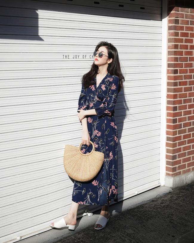 Váy hoa năm nay hot thì ai cũng đã biết, nhưng phải mặc thế nào mới là đúng điệu nhất? - Ảnh 7.