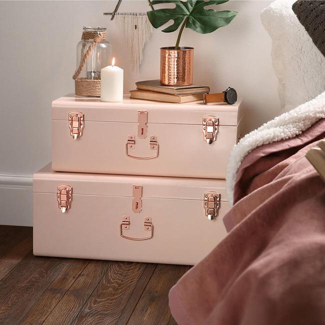 Vẻ đẹp đầy lôi cuốn trong thiết kế nội thất của cặp đôi màu sắc đồng và hồng - Ảnh 10.