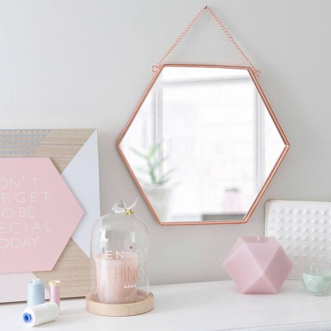 Vẻ đẹp đầy lôi cuốn trong thiết kế nội thất của cặp đôi màu sắc đồng và hồng - Ảnh 14.