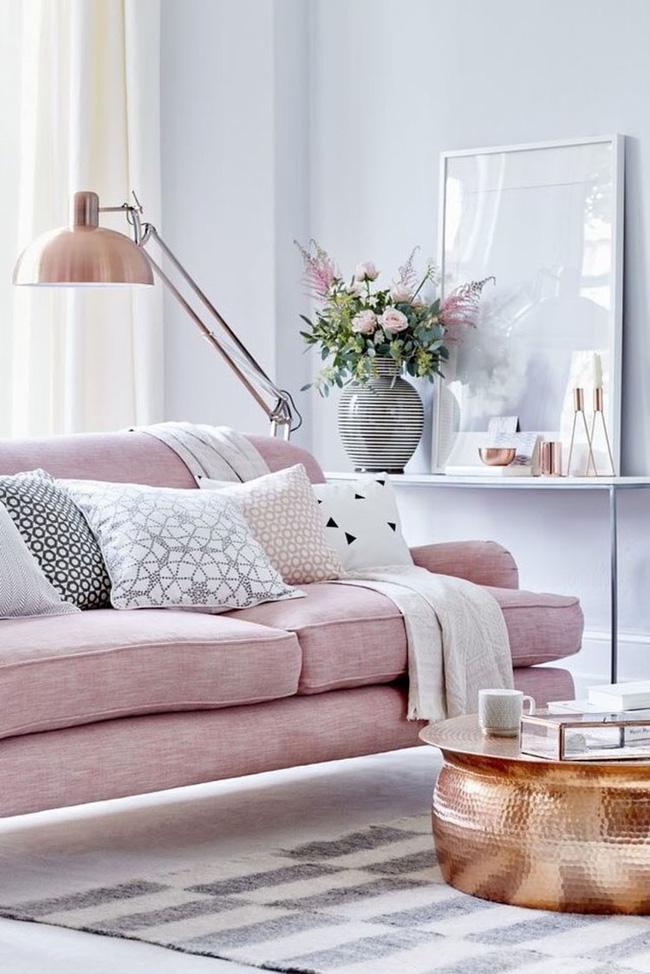 Vẻ đẹp đầy lôi cuốn trong thiết kế nội thất của cặp đôi màu sắc đồng và hồng - Ảnh 3.