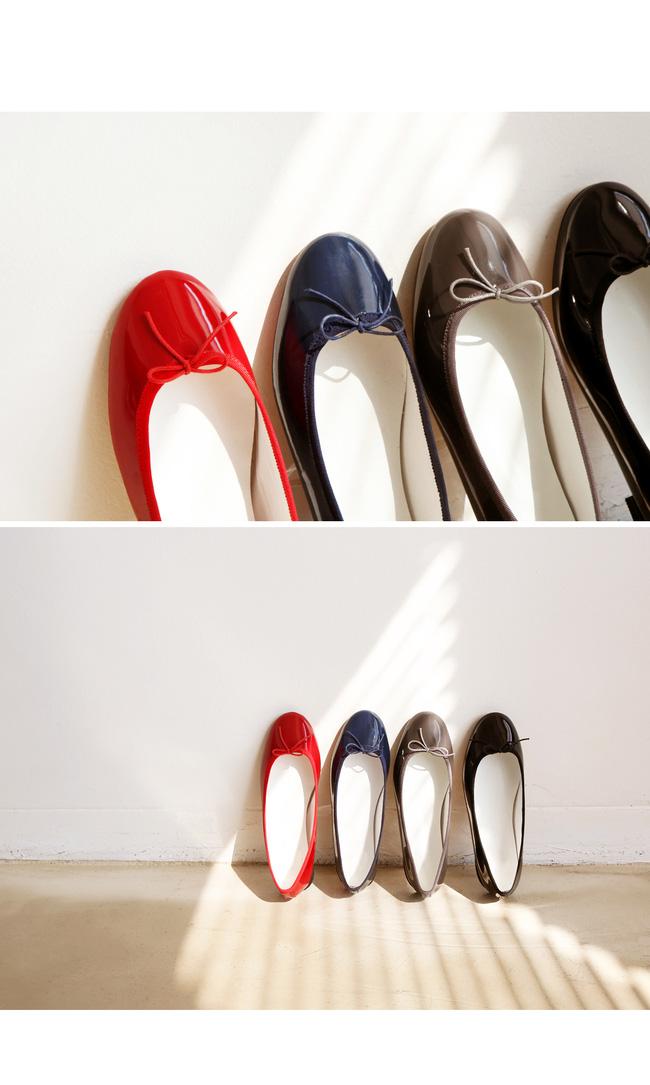 """Điểm danh 11 kiểu giày bệt quen thuộc giúp nàng công sở lựa chọn được thiết kê """"nịnh"""" chân nhất  - Ảnh 2."""