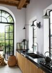 15 căn bếp có cửa sổ kính vừa đẹp vừa nên thơ