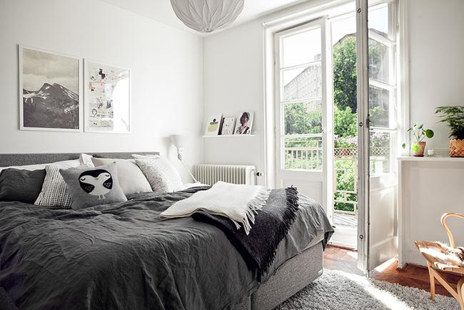 Ngắm căn hộ nhỏ góc nào cũng xinh bên ban công rực rỡ hoa và nắng - Ảnh 5.