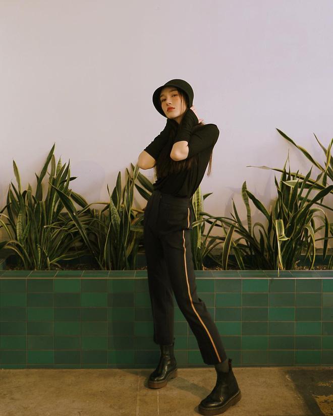 Cuối tháng 10, street style của phái đẹp châu Á ngày càng kín đáo và thu hút hơn