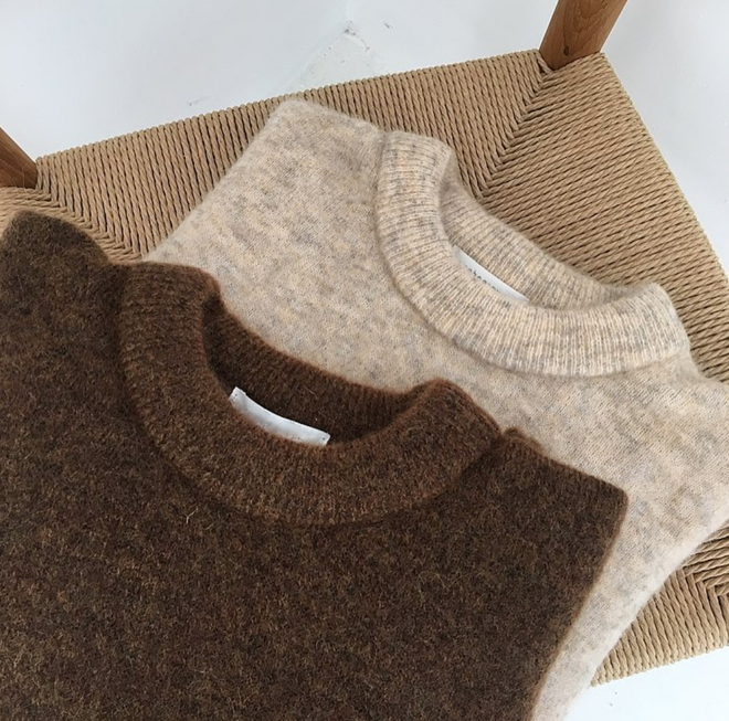 Áo len mặc qua mấy mùa vẫn không bai dão nếu bạn dắt túi những mẹo sau
