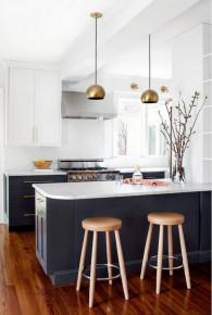 Căn bếp thiết kế hai tông màu được triệu người ưa chuộng
