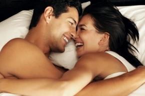 """9 điều phụ nữ không biết về đàn ông và """"chuyện ấy"""""""