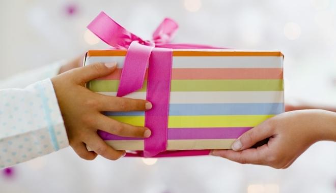 10 thứ không nên tặng nhau vào ngày TẾT